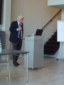 Franz-Walter Aumund spricht in Rheinberg beim 8. Stipendiaten- und Alumnitag vor den Studierenden aus Freiberg, Koblenz und Berlin
