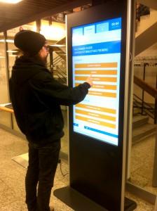 Info-Stele mit Touchfunktion
